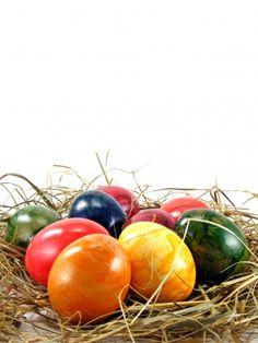100% natural Easter egg dyes