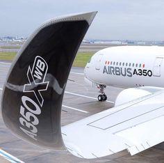 Hermosa el ala del #A350 una maravilla de ingeniería #AirbusLovers