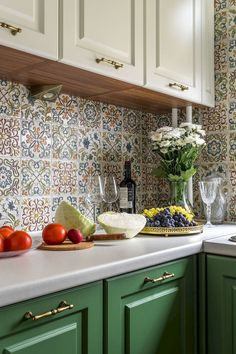 80 White Kitchen Cabinet Makeover Design Ideas March Leave a Comment One of the most popular trends in kitchen design is white cabinets. White Kitchen Cabinets, Diy Kitchen, Kitchen Decor, Kitchen Backsplash, Kitchen White, Dark Cabinets, Backsplash Ideas, Backsplash Design, Country Kitchen