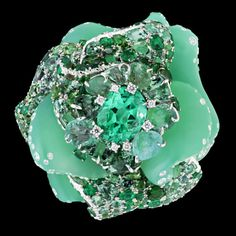 Christian Dior #lifeinstyle #greenwithenvy