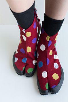 "Japanese ""jika-tabi"" tabi shoes with pop pattern jikatabi, tabi, tabishoes, sou sou."