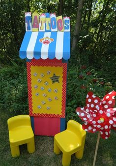 Carnival  Outdoor Games / Tattoo Station  Cute Booth Idea