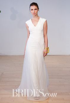 Carol Hannah - Fall 2017. Wedding dress by Carol Hannah