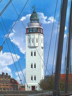 'Leuchtturm Harlingen, Niederlande' von Dirk h. Wendt bei artflakes.com als Poster oder Kunstdruck $18.03