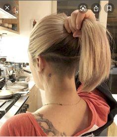 Undercut Ponytail, Undercut Hairstyles Women, Undercut Long Hair, Undercut Women, Messy Bob Hairstyles, Haircuts For Fine Hair, Short Hairstyles For Women, Bob With Undercut, Short Ponytail