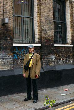 London Fashion Week Men's FW19<br> Urban Fashion, New Fashion, Trendy Fashion, Nyfw Street Style, Cool Street Fashion, London Fashion Week Mens, Style Snaps, Editorial Fashion, Fall Outfits