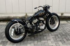 Harley-Davidson Flathead springer bobber | Bobber Inspiration - Bobbers and Custom Motorcycles | vanderbeer September 2013.