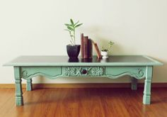 Distressed Mint Coffee Table DIY