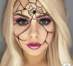 Halloween - Make-up Schminke und Co. # Make-up - Halloween Make up - halloween makeup Halloween Makeup Looks, Up Halloween, Pretty Halloween Costumes, Halloween Decorations, Mermaid Halloween Makeup, Broken Doll Halloween, Facepaint Halloween, Halloween Dress Up Ideas, Haloween Makeup