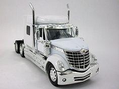 International Lone Star (Lonestar) Truck Diecast Metal 1/32 Scale Truck Model - WHITE