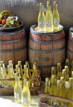 Dollhouse Miniatures - white wine