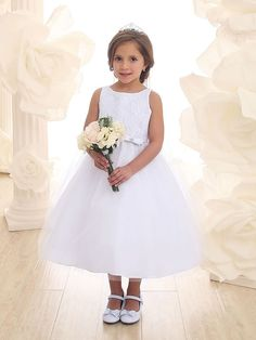 Beautiful Flower Girl Lace Dress with Tulle Skirt