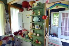 corl-cottage-cupboards-1