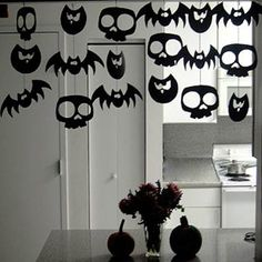 ghoulish garland