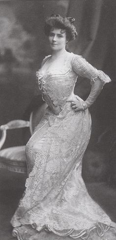 ~Popular novelist Elinor Glyn in 1903. It seems likely that she is wearing a gown by her sister, the celebrated designer Lucile (Lady Duff Gordon)~