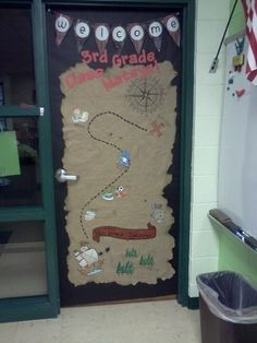 For bathroom door: pirate classroom Classroom Door, Classroom Displays, Classroom Themes, Pirate Door, Teach Like A Pirate, Class Door, School Doors, Pirate Treasure, Treasure Chest