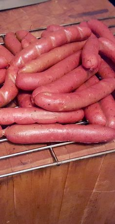 Homemade ground, stuffed, and cooked hotdogs. Homemade Sausage Recipes, Hot Dog Recipes, Meat Recipes, Cooking Recipes, Home Made Hot Dogs Recipe, Homemade Hot Dogs, How To Make Sausage, Sausage Making, Gastronomia