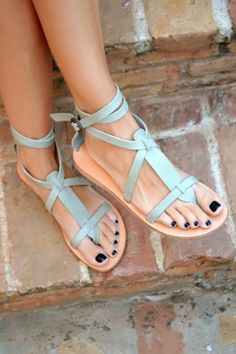 Perfect summer sandals #sandalssummer