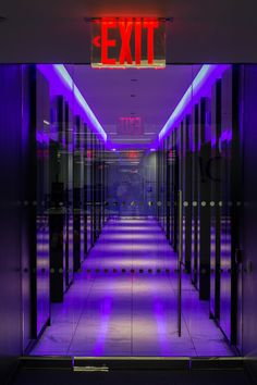 バラガキ — d3cker: New York City, NY by Norbert Potocki Dark Purple Aesthetic, Aesthetic Colors, Aesthetic Art, Aesthetic Pictures, Bedroom Wall Collage, Photo Wall Collage, Picture Wall, Dibujos Tumblr A Color, New Retro Wave