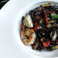 Black ink Spagetthi seafood.. #food #foodphoto #晚餐 #아침식사 #朝食 #ランチ #夕食 #早餐 #맛있는 #旅遊 #旅 #레스토랑 #餐廳 #foodphotography #wongnai #tripadvisor #travelthailand #aroii #foodporn #instafood #foodstagram#foodblogger #foodie #foursquare #thailand #amazingthailand #bkk #bangkok #thailand