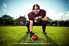 Senior Football Photography, Football Senior Photos, Football Ads, Football Players Photos, Football Poses, Football Cheerleaders, Football Pictures, School Football, Sports Pictures