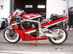 Planet Japan Blog: Suzuki GSX-R 1100 Special #5 by Bright Logic