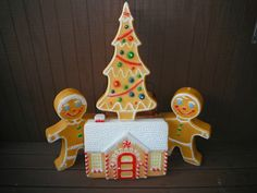 Vintage Don Featherstone Christmas Gingerbread Boy Girl House Tree Blow Mold   eBay ...Scrumptious!