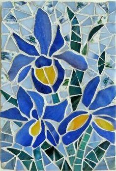 Iris Trio mosaic - by Shelly Heiss Designs Mosaic Garden Art, Mosaic Tile Art, Mosaic Tile Designs, Mosaic Pots, Mosaic Artwork, Mosaic Crafts, Mosaic Projects, Mosaic Patterns, Mosaic Glass