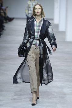 Dries Van Noten RTW Spring 2013 - Runway, Fashion Week, Reviews and Slideshows - WWD.com