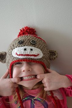 another sock monkey hat pattern...love the smile on this one! Crochet d6a77182c4c5