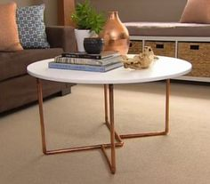 VIDEO - Copper Pipe Coffee Table - Better Homes and Gardens - Tara Dennis - possibly a bistro table for outdoors? Copper Furniture, Pipe Furniture, Garden Furniture, Furniture Design, Furniture Ideas, Garden Coffee Table, Diy Coffee Table, Pipe Table, Creation Deco