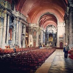 Comparateur de voyages http://www.hotels-live.com : #LonelyPlanet writer @raubontheroad is currently on assignment in #Lisbon #Portugal. Check out his account for more amazing shots of his trip. This shot was taken inside the citys famous Igreja de São Domingos. Dating back to 1241 its a miracle that this church still stands having barely survived the 1755 earthquake then fire in 1959. A sea of tea lights illuminates gashed pillars battered walls and ethereal sculptures in its musty yet…