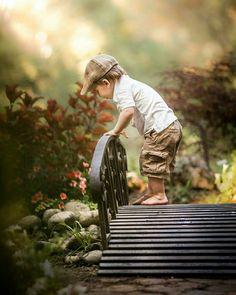 ❝ Que tenhamos sonhos e forças suficientes em nossos corações para tornar a vida mais bela. E que os motivos sejam os mais doces, para assim podermos vivê-la. ❞  (Fran Ximenes)