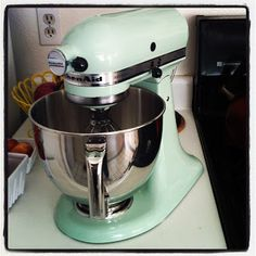 Primpin' Ain't Easy: My Stand Mixer, Myself: Living Inside One's Hope Chest