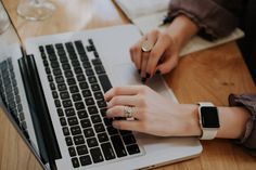 Writing job descriptions isn't an easy task. Here are some free job description tools to help you write effective job descriptions.