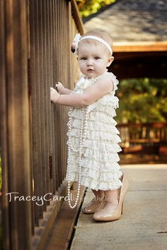 {1 year old!} Hamilton Gallery | tracey carol * behind the lens children, photography, little girl, baby, toddler, one year, outdoor, photo, session