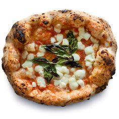 Una Pizza Napoletana, the Margherita :: One of the best pizzas in the nation according to Yahoo Shine Chef Recipes, Food Network Recipes, Italian Recipes, Italian Dinners, Recipies, Neapolitanische Pizza, Neopolitan Pizza, Pizza, Kitchens