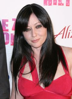 Shannen Dohertys simple long hairstyle