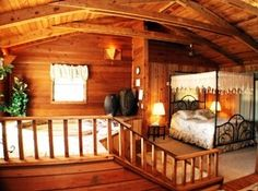 DAHLONEGA, GEORGIA: Forrest Hills Mountain Resort. The deals have changed, but follow the links in the article to see the latest offerings. This is one fab place! PHOTO: Accommodations at Forrest Hills include luxurious spa cabins.