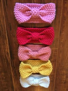 crochet headband Handmade crochet headbands with knotted front. - Handmade crochet headbands with knotted front. Crochet Headband Free, Crochet Bows, Crochet Baby Hats, Crochet Gifts, Baby Knitting, Free Crochet, Knit Crochet, Headband Baby, Knot Headband