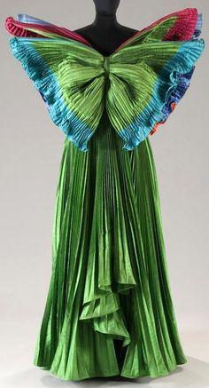Roberto Capucci - Haute Couture - Robe de Soirée 'Sculpture' - Papillon - Soie Sauvage - 1985