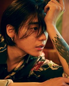 Find images and videos about kpop, korean and one on We Heart It - the app to get lost in what you love. Beautiful Boys, Pretty Boys, Jaewon One, First Rapper, Jung Jaewon, K Wallpaper, Korean Men, Look Cool, K Idols