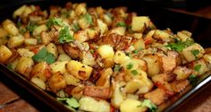 Kick off the day the right way with these homemade breakfast potatoes. potato al horno asadas fritas recetas diet diet plan diet recipes recipes Homestyle Potatoes, Seasoned Potatoes, Mexican Breakfast Recipes, Homemade Breakfast, Breakfast Potatoes, Breakfast Dishes, Breakfast Ideas, Morning Breakfast, Breakfast Club