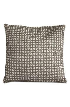 'Elizabeth Street' Pillow