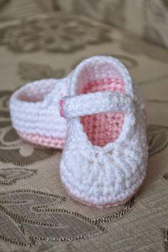 Free Crochet Mary Janes Pattern