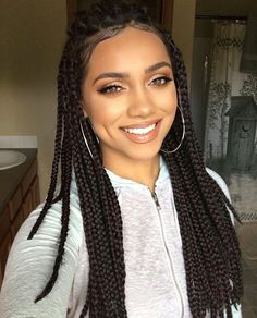 HAIRSPIRATION| Love these #boxbraids on @mua_myesha❤️ She's wearing moisture renew lipstick in Nude Delight by @rimmellondus GORG #voiceofhair ✂️========================== Go to VoiceOfHair.com ========================= Find hairstyles and hair tips! =========================
