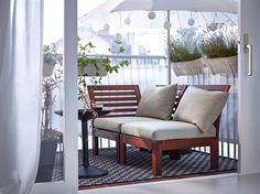 Sofa til altan som man både kan ligge og sidde på.