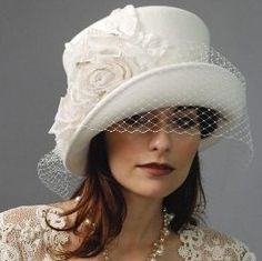 Louise Green Kelly Hat
