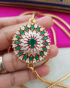 Good ornament will be the ultimate example of class therefore we have a large selection of blonde jewelry designs. Luxury Jewelry, Gold Jewelry, India Jewelry, Gold Necklace, Pendant Necklace, Indian Jewellery Design, Jewelry Design, Locket Design, Gold Mangalsutra Designs