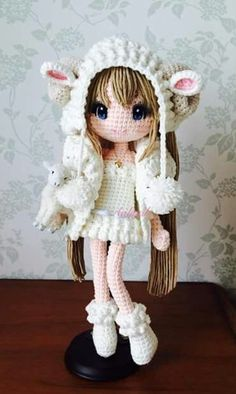 WoW I Wish that someday I'll be able to make my own crochet dolls!!!       She is BEAUTIFUL!